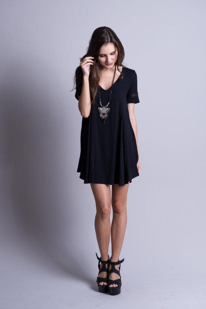vestido-preto-básico